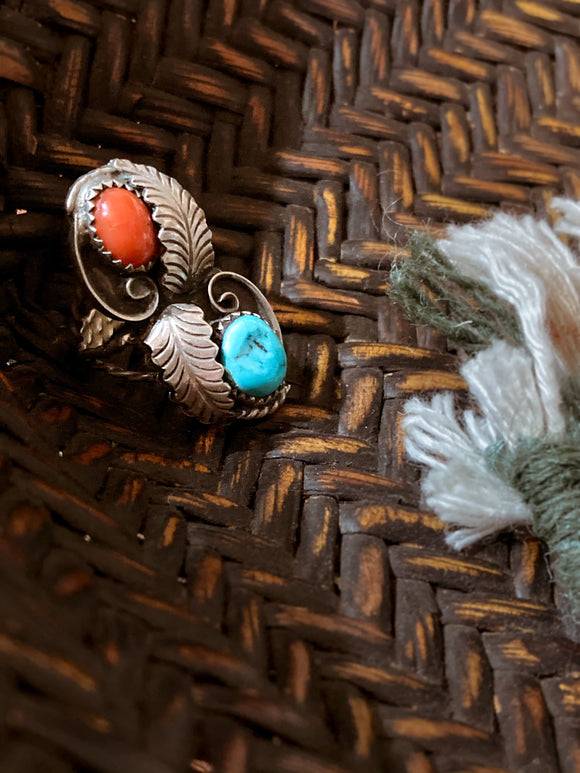 Vintage Navajo Sterling Silver Turquoise Coral Leaf Triple Strand Ring