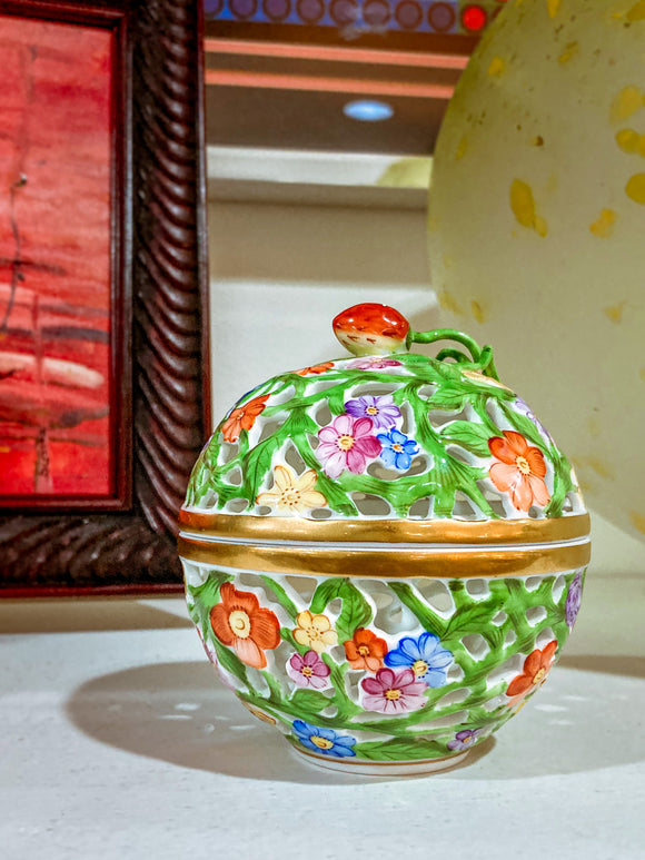 Herend Hand Painted Openwork Sphere Strawberry Vine Porcelain Box
