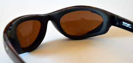 close up photo of protective gasket on 7eye Viento sunglasses that blocks pollen and stops it entering your eyes