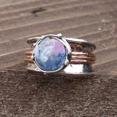 Roman Glass Spinning Meditation Ring - Ella Joli