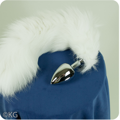 Beautiful White Fox Tail Plug