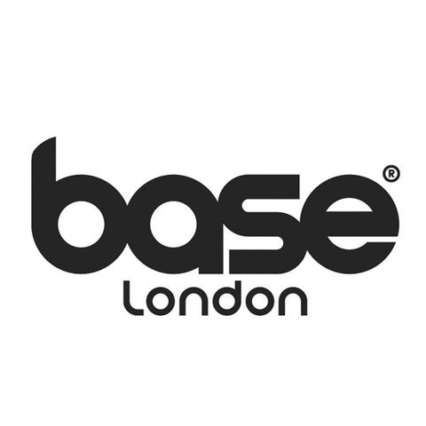 BASE LONDON - LE CAPITAINE D'A BORD