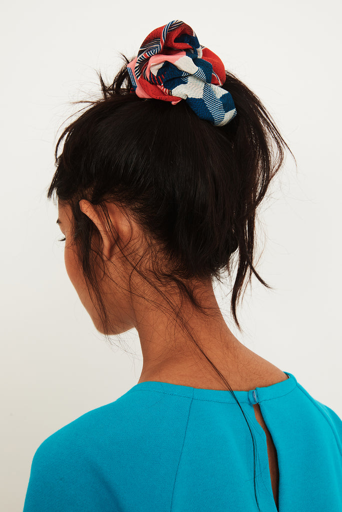 Gunjan Aylawadi Big Scrunchie
