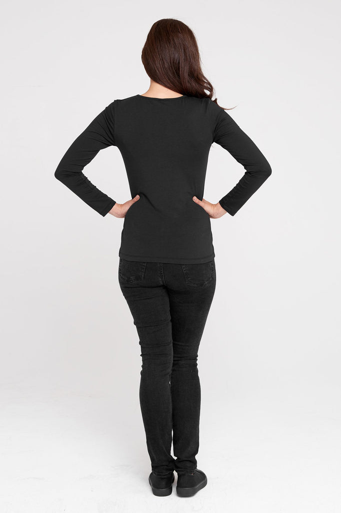 Dorsu Black Fitted Long Sleeve T-shirt