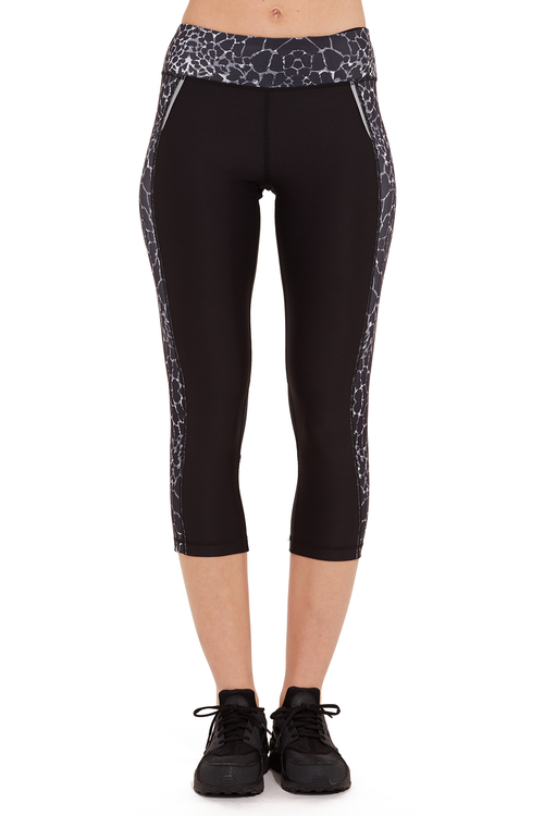 Performance Printed Capri with Mesh Leg / B&W Animal