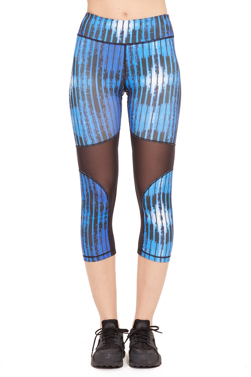Performance Printed Capri with Mesh Panel / Blue Stripes