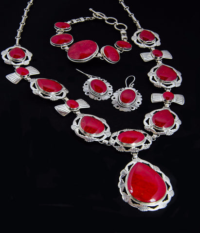 Coral necklace bracelet & earring set