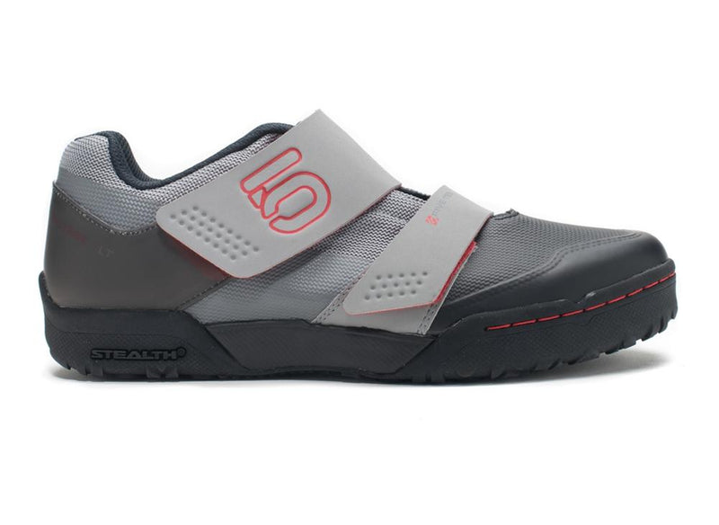 5151-maltesefalconltclipless-greyred-right (1)