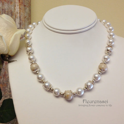 16N-IS-WR Three Flower Petal Bead Swarovski Pearl Necklace