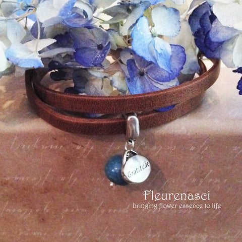 32BR-IS-BL1 Flower Bead Arizona Leather Wrap Bracelet with Gratitude Charm