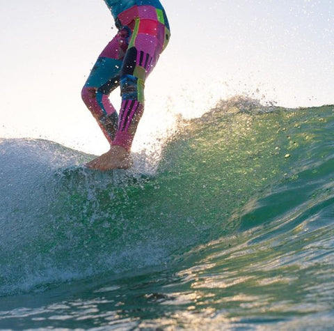 ONEWAVE surf, hang ten, fluro friday