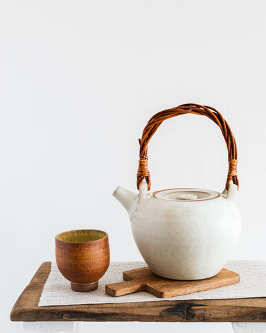 Simon Kneebone teapot with Ali Herbert cup