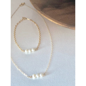 Bridesmaid Pearl Necklace and Bracelet Set