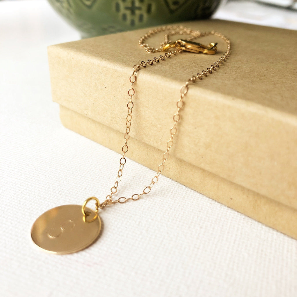 "(Wholesale) 15"" Large Initial Disc Necklace - Deluxur Jewellery"