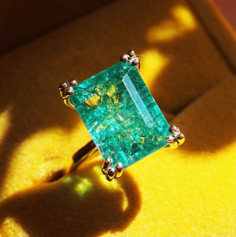 Seaweed Emerald Ring