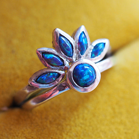 Dark Opal Flower Ring Set