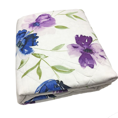 Pretty watercolour floral bedspread