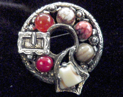 Miracle Scottish brooch, silver plated with faux agate stones - Taingtiques - 1