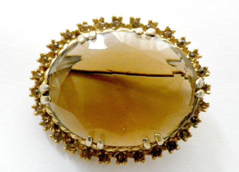 Crystal glass brooch, brown glass stone, rhinestone border - Taingtiques - 1