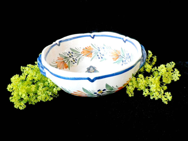 Henriot Quimper hand painted porringer bowl, two handles - Taingtiques - 1