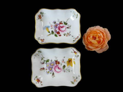 2 Crown Derby trinket dishes, Derby Posies andf Elequip, floral design - Taingtiques - 1