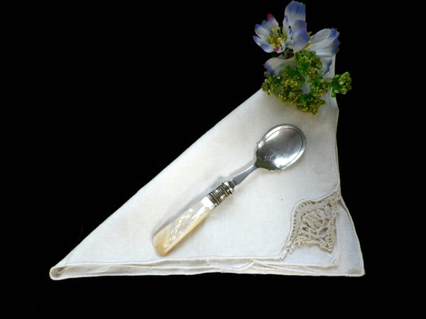 Mother of Pearl handled jam spoon, silver plated bowl, Edwardian - Taingtiques - 1