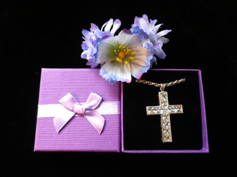 Hallmarked silver crucifix pendant, large cubic zirconia cross, - Taingtiques - 1