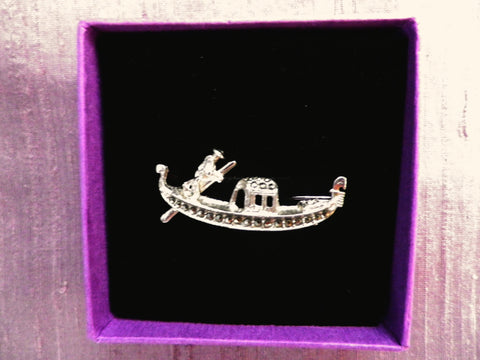 800 silver and marcasite gondola brooch, gondolier, gift  box - Taingtiques - 1
