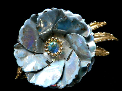 Large blue flower brooch with iridescent enamel petals, gift box - Taingtiques - 1