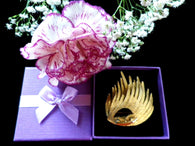 Gold tone vintage brooch, lapel pin, two section wing design, gift box - Taingtiques - 1