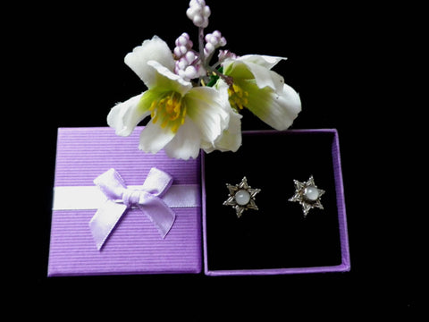 925 silver star shaped stud earrings, milk stone cabochon, gift boxed - Taingtiques - 1