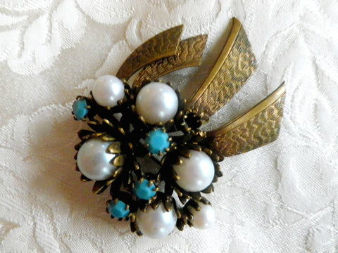 Faux pearl and turquoise effect vintage brooch, antique brass patina