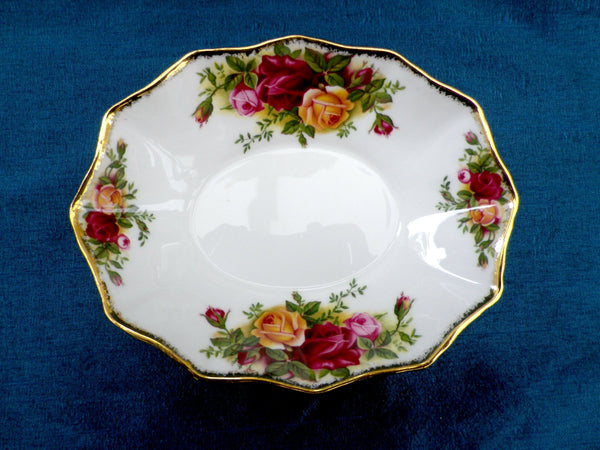 Royal Albert sweet dish, Old Country Roses, First Quality - Taingtiques - 1