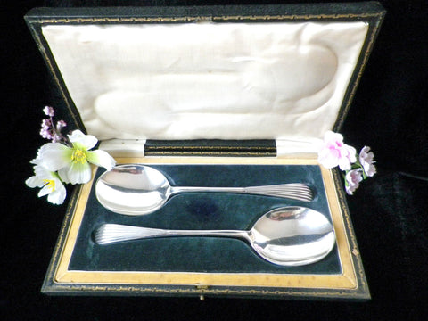 Silver plated serving spoons, boxed pair, 2 serving spoons, Art Deco style, reeded handles, James Dixon Sheffield, black hinged case - Taingtiques - 1