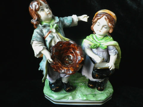Porcelain figurine, beggar children, Ernst Bohne Germany - Taingtiques - 1