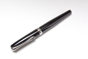 Diplomat Excellence A Fountain Pen in Black