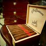 La Flor Dominicana Billy Club