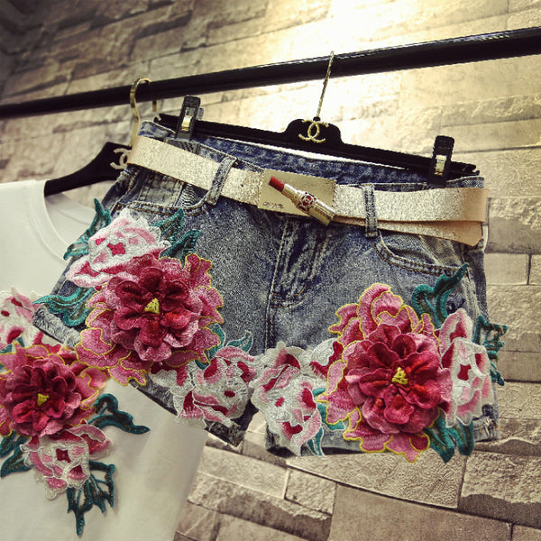 Floral Embroidery Denim Shorts - THEGIRLSOUTFITS