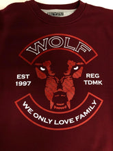 Load image into Gallery viewer, Wolf Crest - Wolfstyle Clothing