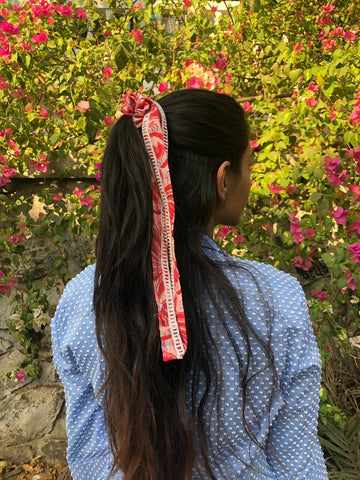 UME TIE UP SCRUNCHIE