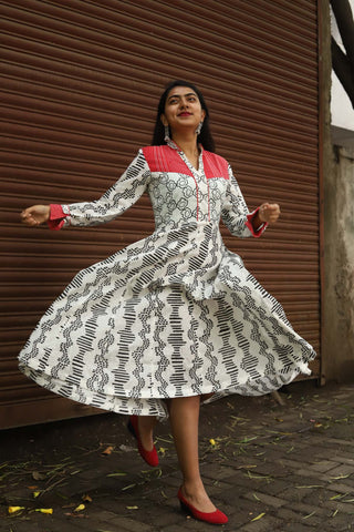 WAVE PEASANT DRESS