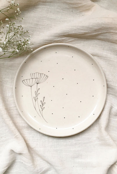 MINIMAL INDIAN MEADOW QUARTER PLATES - SET OF 2