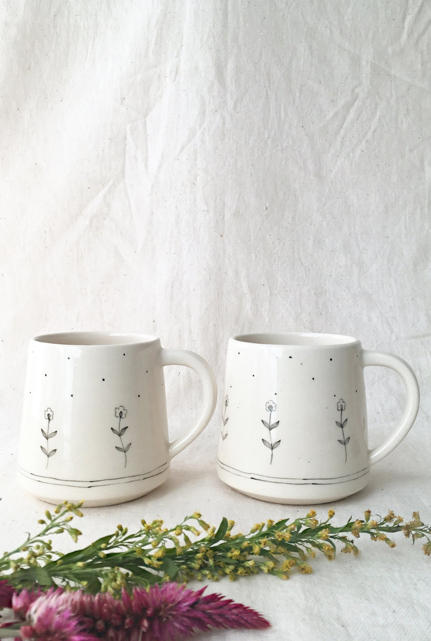 MINIMAL INDIAN SNOW ON THE VALLEY LARGE MUGS - SET OF 2