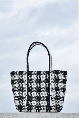 ATHANGUDI BASKET BAG