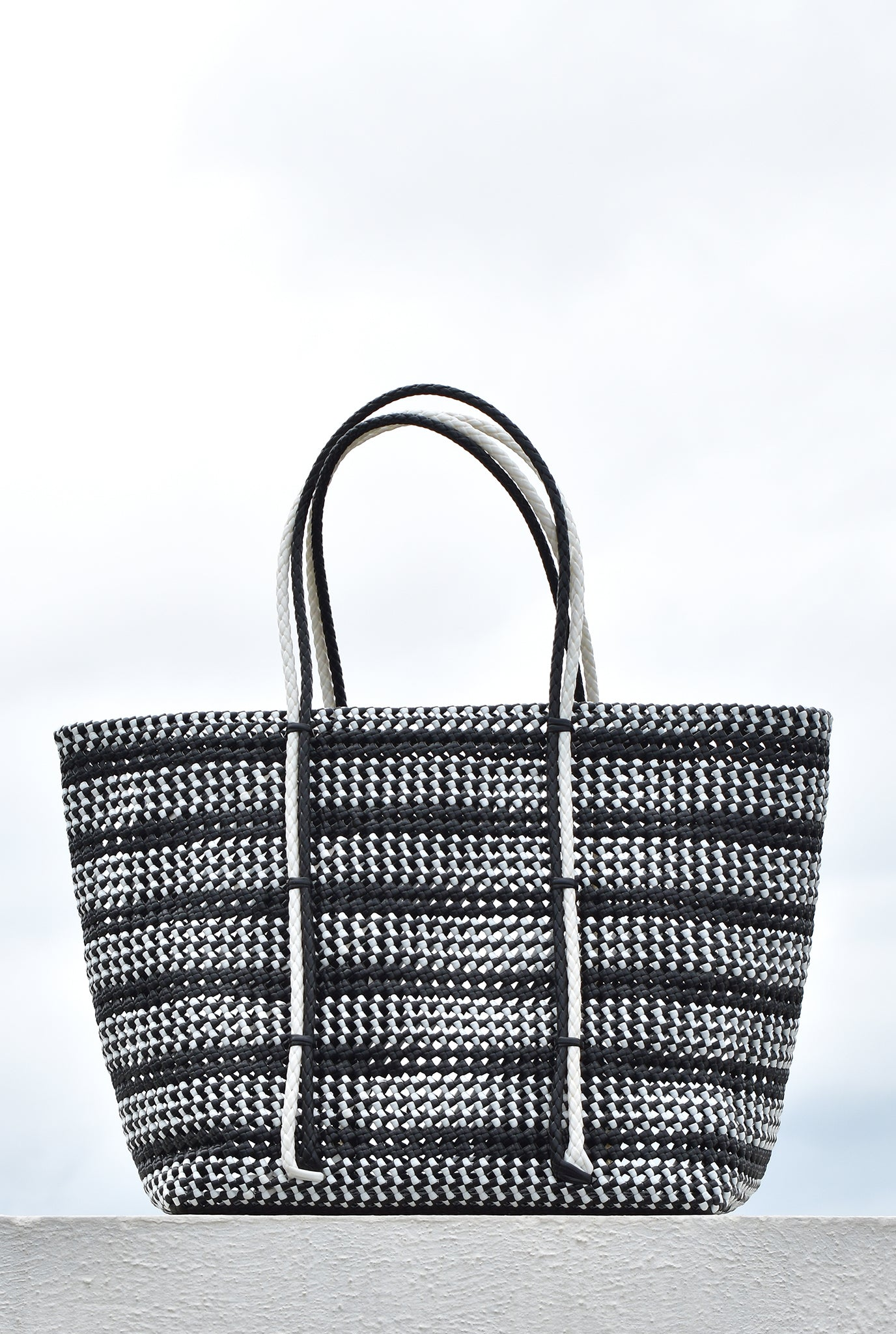 BLACK SIVAGANGA BASKET BAG