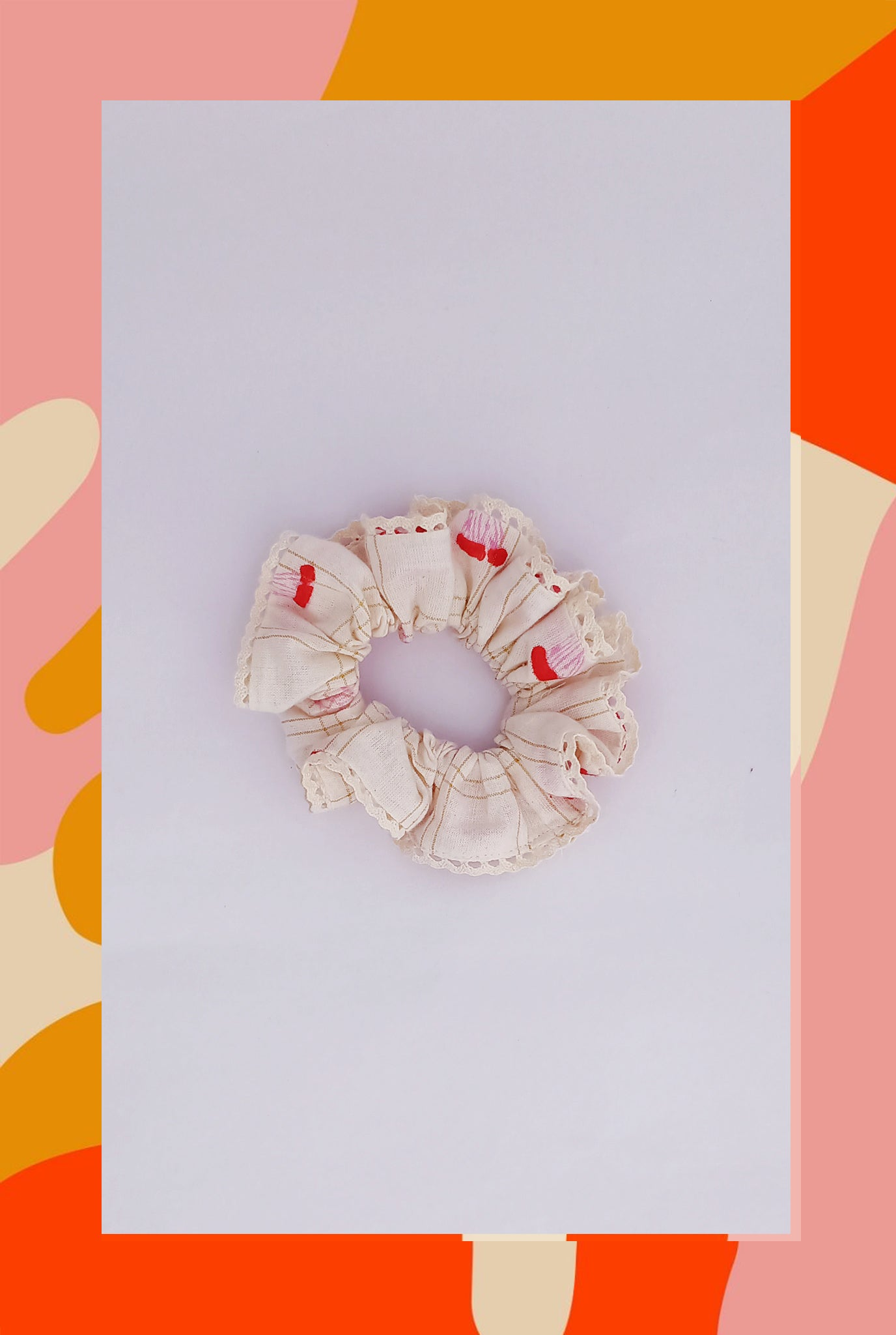 POPPY SCRUNCHIE