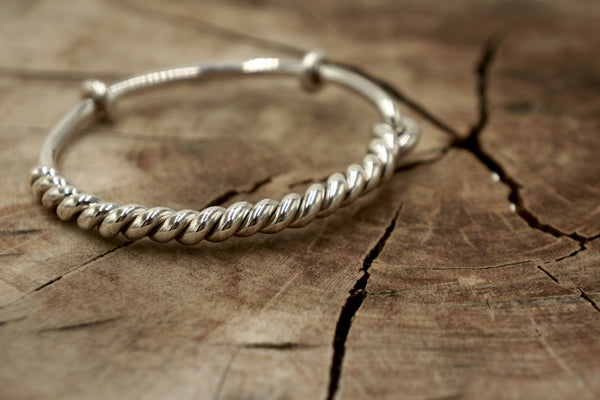 Fine Silver Twisted Bangle with Clasp