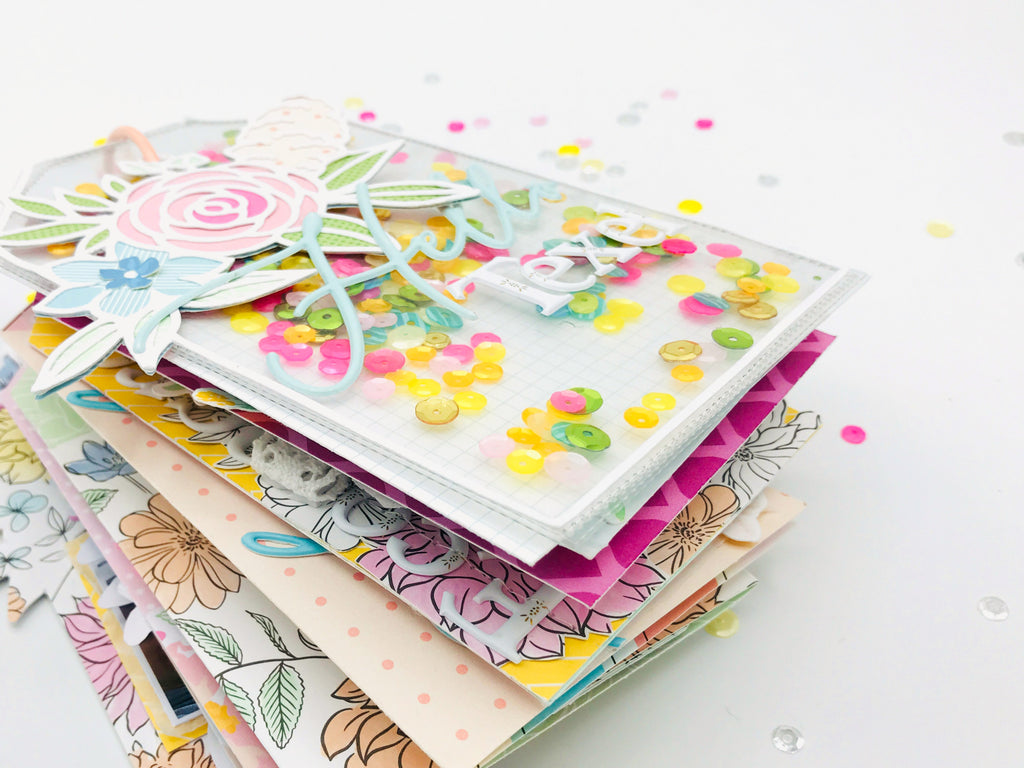 Mini album with lots of florals | Else Huinink