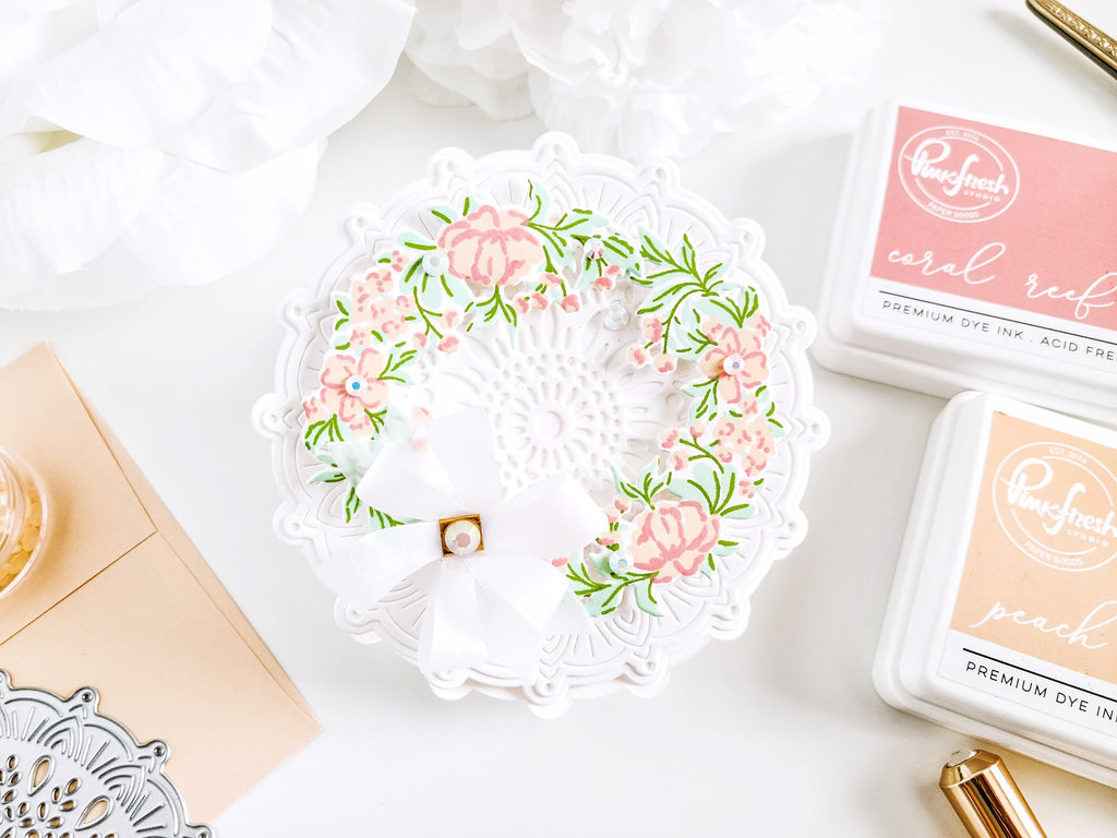Intricate Mandala Shaped Floral Card┃Yasmin Diaz