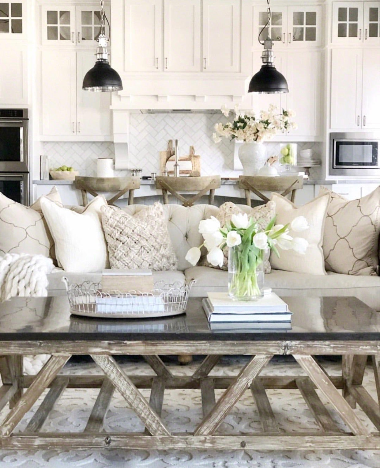 10 Stunning Spring Decorating Tips You Need To Try Right Now | Bello ...